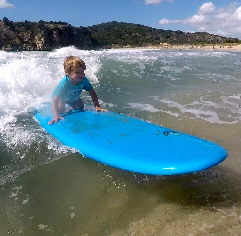 wojtek surfuje