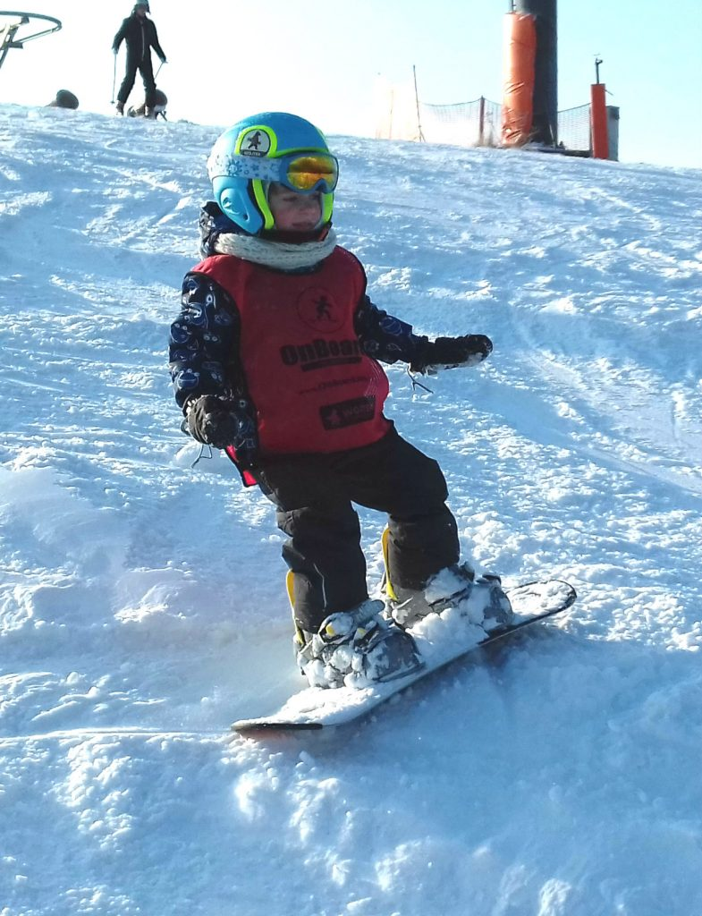 wojtek na snowboardzie